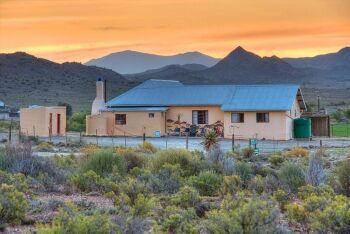 Karoo farmhouse at sunset, Karoo, Western Cape